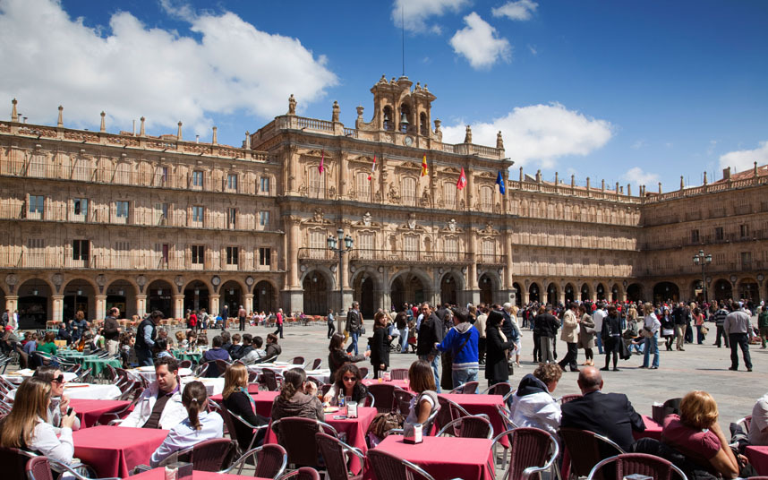 Plaza Mayor viewed over pavement cafes, Salamanca, Spain | Picture: © JLImages / Alamy